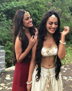 Naagins Together! @Bollywood 📽️ 📽️ 📽️