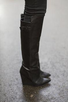 The Fashion Fraction: JACQUARD THURSDAY - ZARA Boots