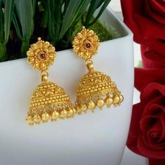 Gold Jewelry In Egypt Code: 4134154117 Gold Jhumka Earrings, Jewelry Design Earrings, Gold Earrings Designs, Gold Jewellery Design, Diamond Jewellery, Gold Chain Design, Handmade Jewellery, Gold Ring Designs, Gold Jewelry Simple