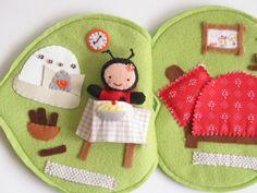 Katica Kitti levélkuckója-játszókönyvecske, Baba-mama-gyerek, Játék, Baba, babaház, Készségfejlesztő játék, Meska