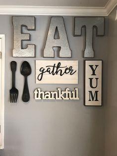 Dinning Room Wall Decor, Family Wall Decor, Dining Room Walls, Farmhouse Kitchen Decor, Home Decor Kitchen, Room Decor, Kitchen Ideas, Living Room, Easy Home Decor