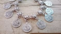 Hey, I found this really awesome Etsy listing at https://www.etsy.com/il-en/listing/384435960/ankle-flower-and-coins-coin-anklet