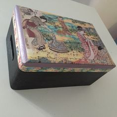 Scatola in legno decorata in stile JAPAN!Disponibili similari su ordinazione!