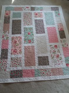 Best Quilt Pattern Yardage Best Quilt Pattern Yardage - This Best Quilt Pattern Yardage images was upload on January, 8 2020 by admin. Here latest Best Quilt Pattern Yardage ima. Lap Quilts, Strip Quilts, Scrappy Quilts, Mini Quilts, Quilt Blocks, Quilting Projects, Quilting Designs, Sewing Projects, Baby Quilt Patterns