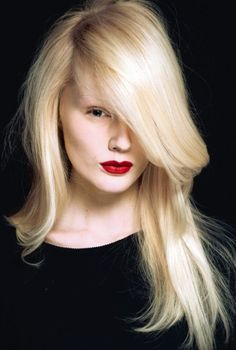 layered-long-hairstyles-2013-fashion-trends.jpg (425×631) red lips, blonde hair, bleached brows