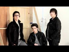 Oh my gosh! They're so young in this video. And adorable, as always.