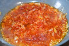 Varza a la Cluj - CAIETUL CU RETETE Frittata, Salsa, Cabbage, Mexican, Ethnic Recipes, Food, Essen, Cabbages, Salsa Music