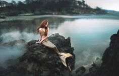 Fearless – The mesmerizing and surreal photographs of Rosie Hardy Mermaid Cove, Mermaid Art, Project Mermaid, Mermaid Island, Mermaid Lagoon, Mermaid Drawings, Real Mermaids, Mermaids And Mermen, Rosie Hardy