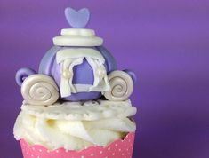 Princess Themed Fondant Tutorials:Princess CarriagePrincess HatPrincess Wand Princess Tiara – coming soonPrincess Fondant Figure – coming soonRemember when I said plan to make tutorials in themes? We're starting today! Stay tuned because in the next few weeks I'll be showing you how to make all things Princess-y. Isn't it exciting? [I type this with my pinkies up... Read More »