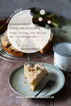 Rhabarber-Streuselkuchen – ein leckerer Klassiker – Patricia's Abenteuerkekserl Bread, Food, Food Food, Recipies, Brot, Essen, Baking, Meals, Breads