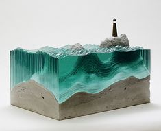 Artista cria fantásticas esculturas juntando lâminas de vidro