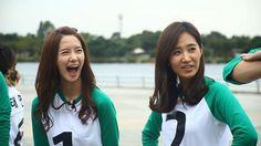 alligator smile, Yoona Running Man, Yoona, Girls Generation, Smile, Fashion, Moda, La Mode, Smiling Faces, Fasion