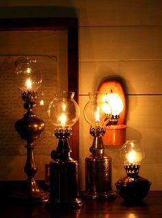 1883年 フランス製 PARIS ピジョン アンティーク・オイルランプ 真鍮タンク 点灯テスト済 希少な実用品 高 23.5cm - ノッティン アンティークス
