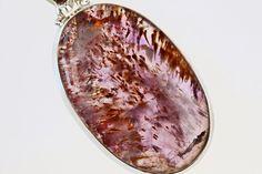 NEFERTITIS BLOG : Nejsilnější léčivý kámen světa Super 7 - ametyst s kakoxenem Crystals And Gemstones, Gold Rings, Mandala, Jewelry, Jewlery, Jewerly, Schmuck, Jewels, Jewelery