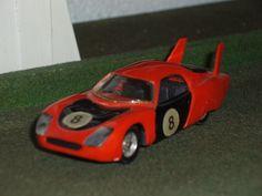 Norev N°161 Charles Deutsch CD Le Mans au 1/43 état neuf. Peu fréquente couleur rouge orangé et noir issue d'un coffret Norev.