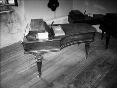 https://flic.kr/p/sfLUw1 | Pianoforte | Antico