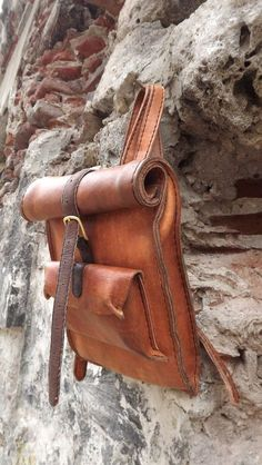 The Sawyer. Hand made leather backpack Small by JJLeathersmith The Sawyer. Hand made leather backpack Small by JJLeathersmith Backpack Bags, Leather Backpack, Duffle, Leather Projects, Leather Accessories, Leather Craft, Handmade Leather, Leather Men, Leather Bags