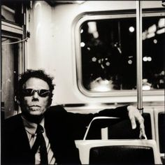 Tom Waits by Anton Corbijn                                                                                                                                                                                 Más