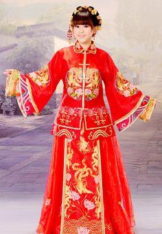 Traditionla Chinese wedding dress HIHI :P