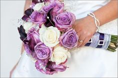 Ooooh I love the colours in this bouquet!