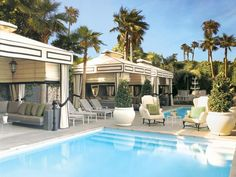 Need a virtual vacation? Steal style from luxurious coastal resorts: http://www.hgtv.com/decorating-basics/paradise-found-chic-coastal-hotels/pictures/page-3.html?soc=pinfave
