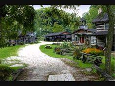 Home...John Denver - Country Roads - (Take Me Home, West Virginia) - YouTube