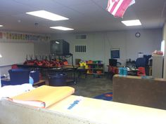 Summer guide to setting up your classroom for WBT: Mrs. Shipley's Fabulous Firsties