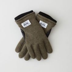 Wool / leather gloves by Swedish glove maker Hestra for Norse projects. Features a soft deerskin leather underside and wool mix knit top side. Fully lined wool interior.    • elastic gathered wrist  • rib-knit cuffs  • 36% wool, 25% cotton, 25% acrylic, 14% polyamide  • 100% wool lining#p_jsML8qznb$i7
