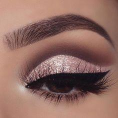 Haar // Make-up // Schönheit // Make-up // Inspiration // Haar kräuselt // loc. - Haar // Make-up // Schönheit // Make-up // Inspiration // Haar kräuselt // lockig . - Spitze - Make-up - - Lace Makeup, Bridal Makeup, Wedding Makeup, Pretty Eye Makeup, Gorgeous Makeup, Dead Gorgeous, Natural Summer Makeup, Natural Makeup, Organic Makeup