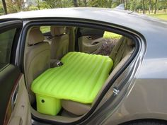 Car travel inflatable mattress