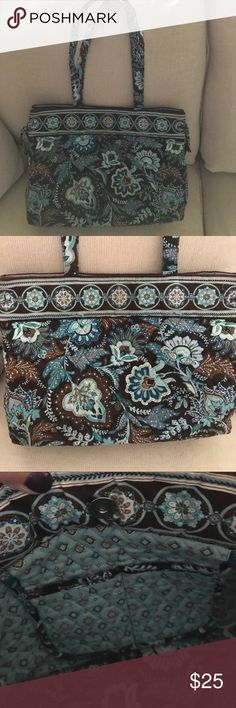 """Vera Bradley purse Like new vera Bradley brown blue and cream 14 x 10"""" quilted purse. No rips or stains inside or out. Vera Bradley Bags Satchels"""
