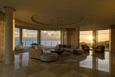 Luxury Home Design by Finchatton! Interior design ideas Best interior designers Modern Living Room Ideas #homedecorideas #modernlivingroomdesign #luxuryinteriordesign Find more in: https://www.brabbu.com/en/inspiration-and-ideas/