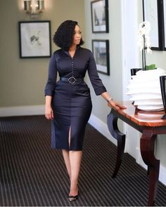 4 Factors to Consider when Shopping for African Fashion – Designer Fashion Tips Classy Work Outfits, Classy Dress, Chic Outfits, Fashion Outfits, Workwear Fashion, Fashion Blogs, Fashion Trends, Corporate Fashion, Corporate Wear