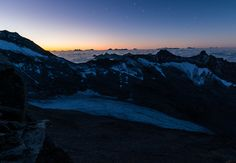 Sterne in Morgenrot, At the hike up to Hochfeiler 3509m we had this awesome sunrise. At the same time it was still clear enough to see some stars.