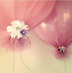 Chiffon wrapped balloons for wedding decorations