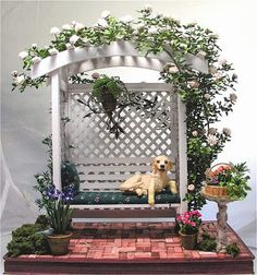 Good Sam Showcase of Miniatures: Flowers, Plants & Vines by Carol Wagner