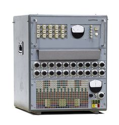 Telefunken RAT analog computer - 1959 - www. Business Technology, Computer Technology, Computer Science, Old Computers, Desktop Computers, Computer History Museum, Mechanical Calculator, Geek Gadgets, Ex Machina