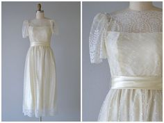 Vintage 1950's Wedding Gown just listed at @LedbellyVintage #vintage #weddings #bridal #weddinggown #bridalgown #weddingdress #bridaldress #1950sweddingdress #1950sweddinggown #vintagewedding #austinwedding #ledbellyvintage #gypsiesantiques #jcpenny