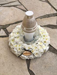 Funeral Flowers, Herbs, Wreaths, Recipes, Crafts, Flower Arrangements, Garden, Grief, Recipies