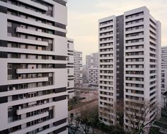 laurent-kronentals-forgotten-housing-estates-in-paris-7
