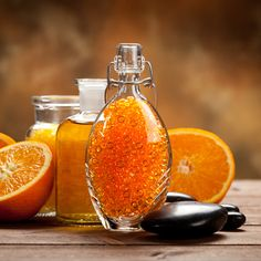 Ne dobd ki a narancs héját! Don't throw out the orange peel! Orange Essential Oil, Essential Oils, How To Make Orange, Orange Oil, Home Made Soap, Bath Salts, Hot Sauce Bottles, Natural Remedies, Christmas Diy