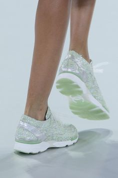 Chanel at Couture Spring 2014 (Details)