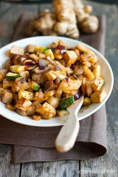 Jerusalem Artichoke & Tofu Stir Fry - Chocochili Tofu Recipes, Vegetarian Recipes, Yummy Recipes, Tofu Stir Fry, I Want Food, Dessert Drinks, Desserts, Veggie Food, Food Food