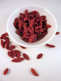 Goji Berries 枸杞子 potent antioxidant.  Unique among fruits because they contain all essential amino acids, goji berries also have the highest concentration of protein of any fruit. They are also loaded with vitamin C, contain more carotenoids than any other food, have twenty-one trace minerals, and are high in fiber. Contains 15 times the amount of iron found in spinach, as well as calcium, zinc, selenium and many other important trace minerals. Use in savory dishes or like raisins.