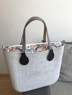 O bag Girl Bottoms, Cosmetic Bag, Wallets, Clock, Women's Fashion, Autumn, Tote Bag, Handbags, Purses