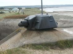 used a French tank turret on top of the bunker