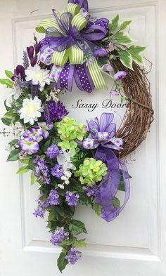 67 Best Ideas For Door Wreaths Hydrangea Deco Mesh Diy Spring Wreath, Summer Door Wreaths, Easter Wreaths, Holiday Wreaths, Wreath Crafts, Diy Wreath, Grapevine Wreath, Wreath Ideas, Purple Wreath