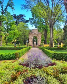Four Seasons Hotel Florence is set in a former 16th-Century convent near Giardino della Gherardesca, one the oldest, largest and most elegant Florentine gardens in the city