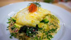 Foto: Mads Tørklep / NRK Roasted Cod, Laksa, Food To Make, Chicken, Breakfast, Recipes, Morning Coffee, Rezepte, Food Recipes