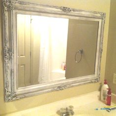 """Refurbishe old mirror. Spray painted white and then added black glaze. Oval or rectangle, just not """"even. Recycled Mirrors, Old Mirrors, Diy Craft Projects, Craft Ideas, Diy Mirror, Creative Thinking, Painting Tips, Home Furniture, Repurposed"""